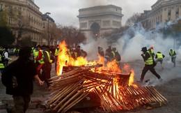Biểu tình tan nát Paris và thảm cảnh của nước Pháp: Quá khứ chưa qua, tương lai chưa tới