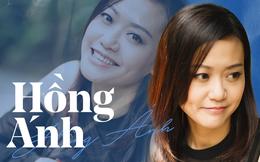 Hồng Ánh - Người nghệ sĩ gắn liền với những sắc thái xanh dương