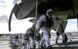 Lầu Năm Góc cử máy bay do thám đến Ukraine