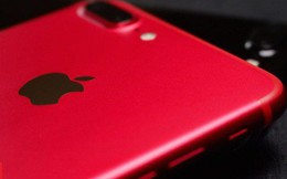 3 smartphone màu đỏ đáng mua chơi Tết để cả năm may mắn