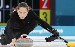 Thần thái như Angelina Jolie, mỹ nhân nước Nga thu hút mọi ánh nhìn của Olympic