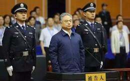 """Người Trung Quốc """"đổ mồ hôi"""" trước tình trạng chạy đua bằng cấp của tham quan"""