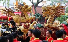 Pháo dài 6m được rước suốt 2 tiếng tại lễ hội Đồng
