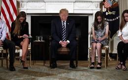 Tổng thống Trump: Trang bị súng cho giáo viên để ngăn chặn xả súng