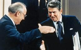 Gorbachev đã thỏa thuận bí mật gì với Reagan khiến Liên Xô gục ngã?