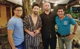 Flores, hy vọng anh hiểu thông điệp từ bộ quần áo ngủ của Johnny Trí Nguyễn