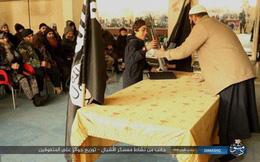 Lớp đào tạo khủng bố nhí: Ngoan được thưởng... súng trường