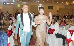 Phi Thanh Vân tổ chức tiệc mừng danh hiệu hoa hậu