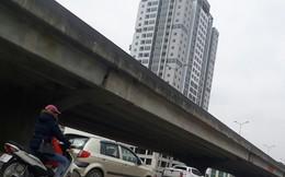"""""""Vỡ trận"""" giao thông đường Nguyễn Xiển: Xén dải phân cách có giải cứu được?"""