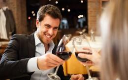 Uống rượu càng nhiều, nguy cơ bệnh tật càng cao: Uống bao nhiêu mỗi ngày là đủ?