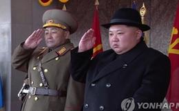 Tân Chủ nhiệm Tổng cục Chính trị Triều Tiên hiện diện đầy quyền lực trong lễ duyệt binh
