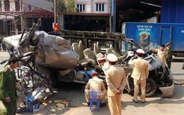 Xe chở khách du lịch đi Mộc Châu đâm đuôi xe tải lúc rạng sáng, 2 người tử vong tại chỗ