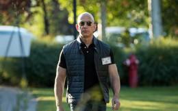Số tiền Jeff Bezos kiếm được trong 1 phút gấp 4 lần lương cả năm của công nhân Mỹ