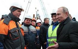 Tổng thống Putin đến thăm Crimea trước khi bầu cử diễn ra