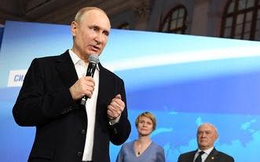 """Bất chấp Kiev chặn cử tri Nga đi bỏ phiếu, ông Putin nói Ukraine là """"dân tộc anh em"""""""