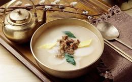 Món canh cứ ăn là tăng thêm một tuổi ở Hàn Quốc nhưng ai cũng thích