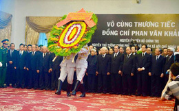 Nhiều đoàn lãnh đạo đến viếng cố Thủ tướng Phan Văn Khải tại Hội trường Thống Nhất