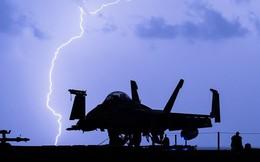 Phi công Mỹ ở Syria: Vừa đánh vừa run, nhỡ tay bấm nút khơi mào chiến tranh!