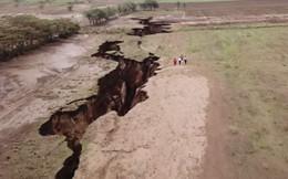 Vết nứt khổng lồ chia đôi châu Phi đang ngày càng lớn, nhưng điều này có ý nghĩa gì?