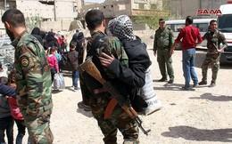 Phe thánh chiến đầu hàng lũ lượt di tản về Idlib, quân đội Syria tiến vào tiếp quản Đông Ghouta