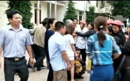 Chồng cầm dao đâm gục vợ ngay tại bệnh viện trong lúc cãi vã