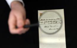 Bức thư hiếm hoi của Einstein được đem đấu giá và mang về hơn 100.000 đô