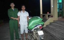 Nam thanh niên vận chuyển 76 kg thuốc nổ TNT vào khu vực biên giới