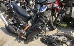 Tông cột điện, người chết, xe máy gãy đôi