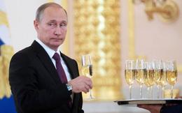 Vì sao thu nhập năm 2017 của Tổng thống Putin tăng cao bất thường?