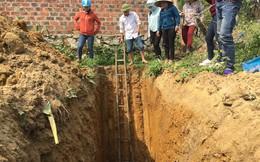 Vụ giếng nước thành giếng dầu: Đào hố sâu phát hiện cả mạch nước có dầu