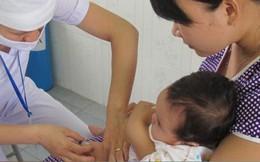 Sau khi tiêm vắc xin ComBE Five, trẻ thường gặp phản ứng gì?