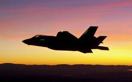 """Lộ điểm yếu chết người của KQ Mỹ: F-22 và F-35 không thể """"nói chuyện"""" với nhau!"""