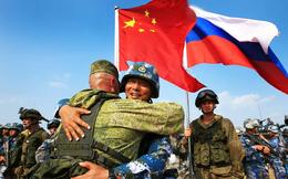 """Bộ trưởng Quốc phòng Trung Quốc: Thăm Nga là để """"dằn mặt"""" Mỹ!"""