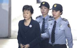 Cựu Tổng thống Hàn Quốc Park Geun-hye bị kết án 24 năm tù giam