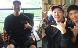 """HOT: Haha của """"Running Man"""" cùng hội bạn thân nghệ sĩ bất ngờ đến thăm chợ đêm tại Hà Nội"""