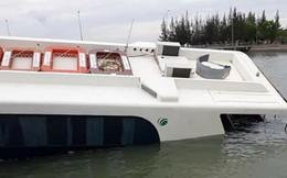 Tàu cao tốc chở 42 người gặp nạn trên sông ở Sài Gòn