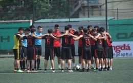 """Các trận đấu giải hạng Nhì """"phủi"""" dành phút mặc niệm trợ lý trọng tài Dương Ngọc Tân"""