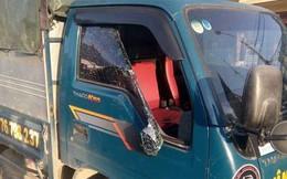 Công an vào cuộc vụ hàng loạt ôtô, nhà dân bị đập vỡ kính