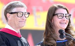 """Cả hội trường sinh viên ồ lên khi Bill Gates trả lời câu hỏi: """"Điều hối tiếc nhất trong quãng thời gian còn ở Harvard là gì?"""""""