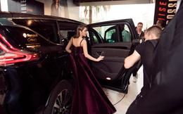 Lý Nhã Kỳ gợi cảm và huyền bí trên thảm đỏ LHP Cannes ngày thứ 3