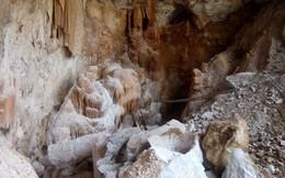 """Phát hiện hang động thạch nhũ tuyệt đẹp, vẫn nổ mìn phá: """"Cũng tại anh em thiếu hiểu biết"""""""
