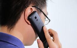 """12 điều nên biết trước khi mua """"smartphone cục gạch"""" Nokia 8110 4G"""