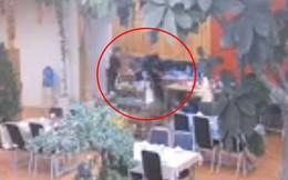 Nhân viên quán nhậu ở Tiền Giang bị khách dùng côn đánh vào đầu tử vong