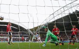 """Thêm một cú bước hụt, Mourinho sẽ giúp Man United đạt kỷ lục """"làm từ thiện"""""""