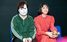 Hiền Hồ quấn quýt bên nhạc sĩ đeo mặt nạ