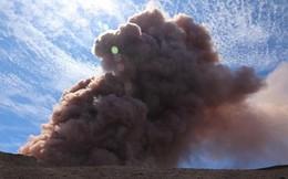 10.000 người dân Hawaii sơ tán vì núi lửa phun dung nham