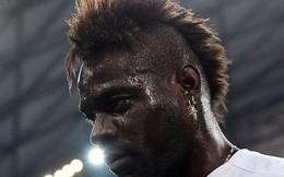 """Chửi lén trọng tài, """"trai hư"""" Balotelli có nguy cơ bị cấm đến mùa sau"""