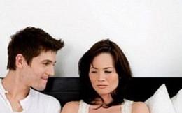 Tâm sự 'lấy chồng kém tuổi' đến trông con cũng chia, ngày ngày chỉ biết chơi game khiến chị em đau xót