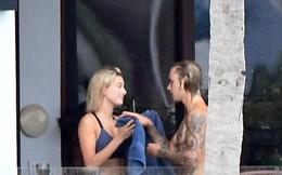 Hailey Baldwin mặc gợi cảm, thân mật bên tình cũ Justin Bieber