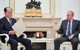 """Sau ông chủ Nhà Trắng, Tổng thống Putin cũng nhận được thư tay """"khủng"""" từ ông Kim Jong-un"""